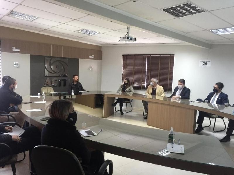Núcleo de Gestão e Empreendedorismo Jurídico inicia trabalhos na ACIT